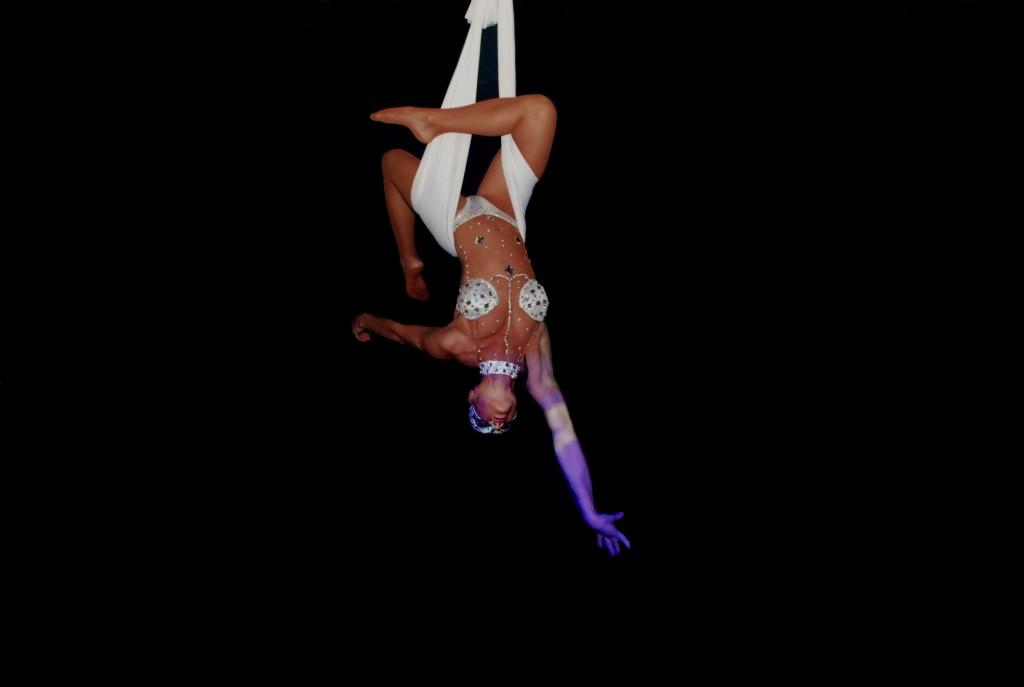 aerial_hammock_nyc_03