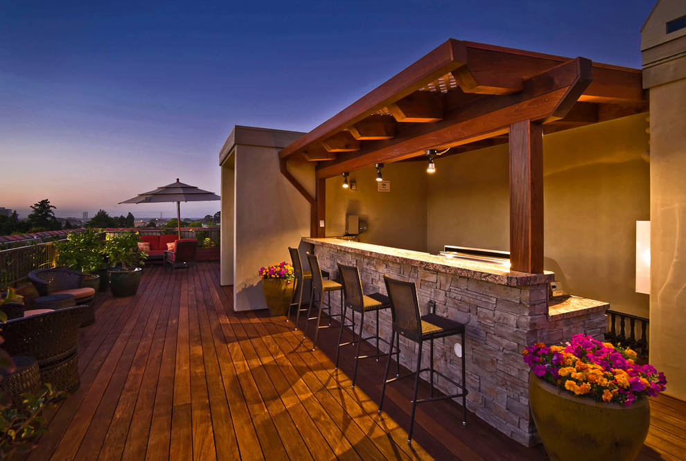 outdoor-kitchen-bar-Deck-Traditional-with-bar-barra-BBQ-deck